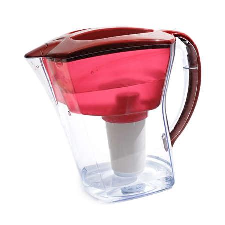 distilled water: Filtro de agua aislado en un fondo blanco.