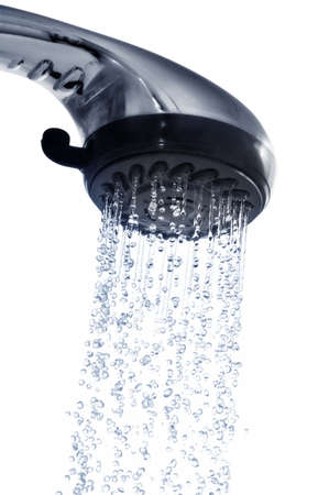 daily room: doccia isolato su un bianco