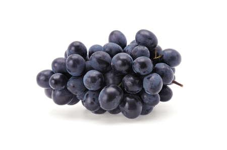 uvas: uvas aislados en un fondo blanco