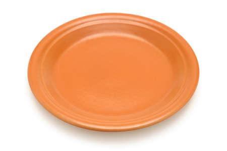 ceramics: Piatto in ceramica isolato su uno sfondo bianco.                                    Archivio Fotografico