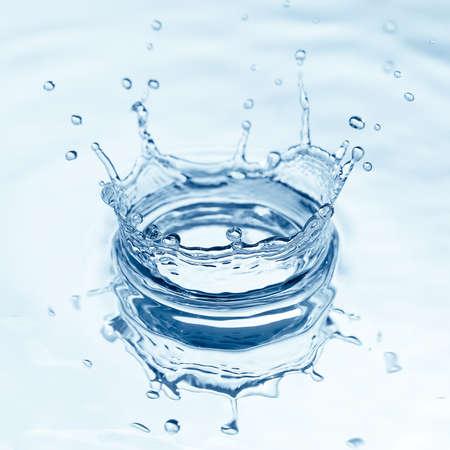 Spritzwasser Standard-Bild - 16438198