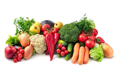 Frutas frescas y verduras aislados sobre fondo blanco Foto de archivo - 39578346