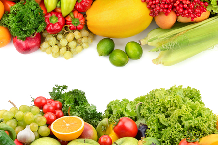 fruits and vegetables isolated on a white background Banque d'images