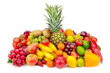 コレクション ジューシーな果物と野菜の白で隔離。健康で健全な食品。