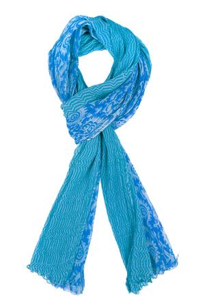 Foulard en soie bleu isolé sur fond blanc. Accessoire féminin.