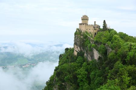 tourismus: Rocca della Guaita, the most ancient fortress of San Marino, Italy