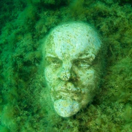 Underwater bust of Lenin in museum, Tarhankut Black sea  Stock Photo