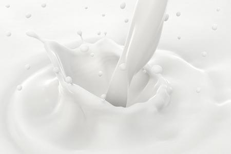 注ぐミルク スプラッシュと波紋、クローズ アップ ビューと滴。 写真素材
