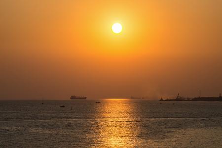seascapes: Sea golden sunset horizon