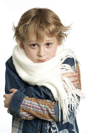 Ein Foto der betroffenen von kalten kleinen Jungen  Standard-Bild - 3435900