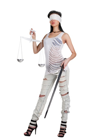 augenbinde: Junge Frau mit Waage und Schwert als die G�ttin Themis