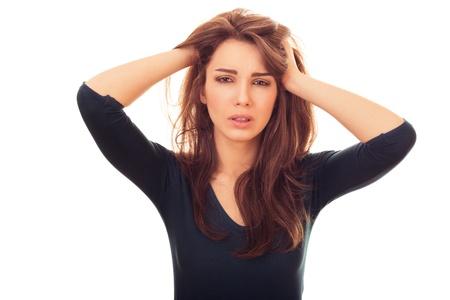 decepci�n: Mujer decepci�n. emotivo retrato brillante en el estudio