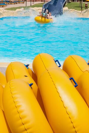 floater: inflatable inner tube (floater, swimming tire, floating tire, inflatable round pool tube)