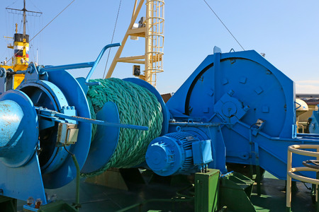onboard: mooring equipment on-board ship