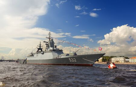jaunty: Warships in the parade. St. Petersburg