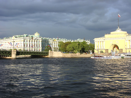 hermitage: The Hermitage and the Admiralty. St. Petersburg. Russia.
