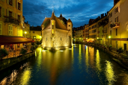 palais: Wonderful view of night Annecy and Palais de l