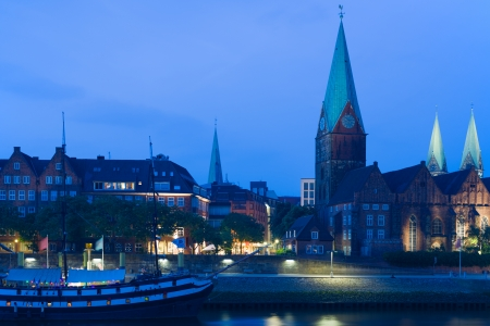 Cityscape of Bremen in a summer night Stock Photo - 22950213