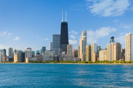 夏の日のシカゴの都市の街並