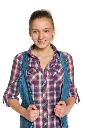 niñas sonriendo: Una muchacha adolescente blondee destaca contra el fondo blanco