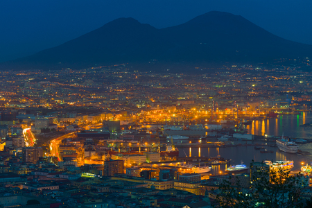 napoli: Cityscape of Naples in a summer night