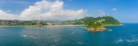 san sebastian: Panorama of San Sebastian in a sunny summer day