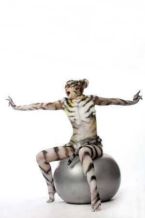 Organisme-art : tigress blanche sur la balle.  Banque d'images