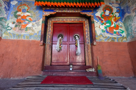 Door to the tibetian temple Stock Photo - 13047710