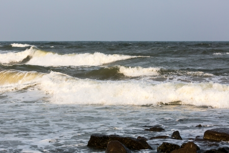 High waves of Indian Ocean photo