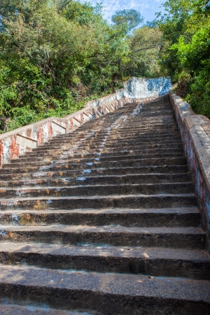 Stairs leading to the Lord Bhakthavatsaleswarar Temple photo