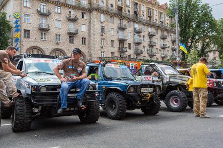 KIEV, UKRAINE-JUNE 29: Ukraine Trophy29, 2013 in Kiev, Ukraine. SUVs at the start of the race Ukraine Trophy on Maidan.