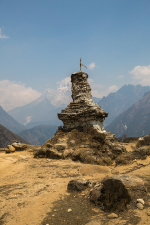 buddhist stupa: Buddhist stupa on the track to Everest Base Camp