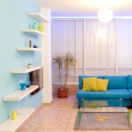 照明の新しい家の異なる色のインテリア デザイン
