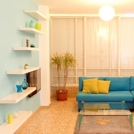 照明の新しい家のさまざまな色のインテリア デザイン 写真素材