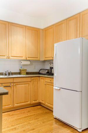 El diseño interior de la cocina moderna Foto de archivo - 37571149