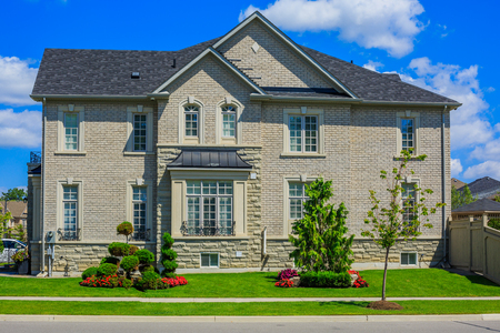 Aangepaste gebouwde luxe huis in een buitenwijk van Toronto, Canada.