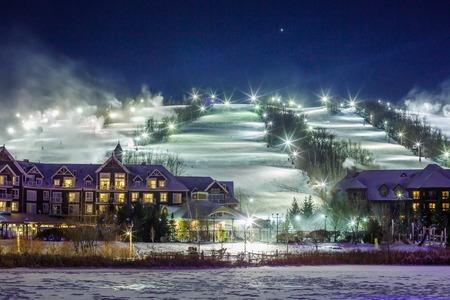 Blue Mountain Village in winter Banco de Imagens