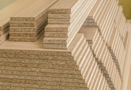 board chipboard cut parts for furniture production close-up Stockfoto