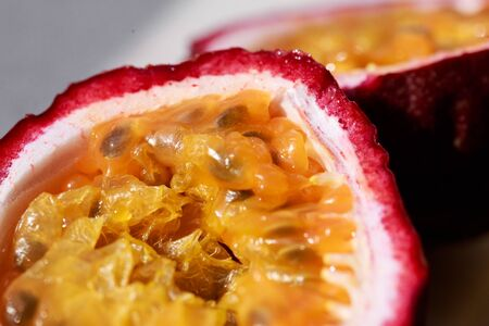 tropical fruit passion fruit close-up Standard-Bild