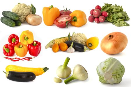 Bell peppers red tomatoes cucumbers onions garlic zucchini eggplant corn cabbage broccoli hot chili peppers and all isolated on a white background 版權商用圖片