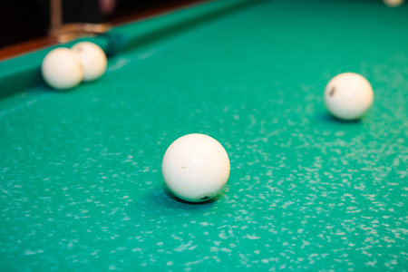 Play billiards on the table