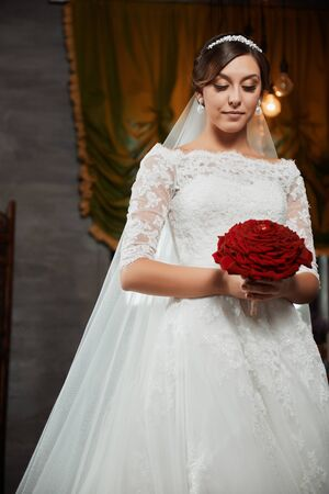 femme brune sexy: Belle mariage maquillage mari�e Portrait, coiffure de mariage
