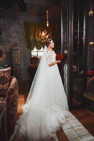 love sexy: Beautiful Bride Portrait wedding makeup, wedding hairstyle Stock Photo