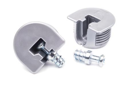 furniture hardware: Cierres para muebles sobre un fondo blanco