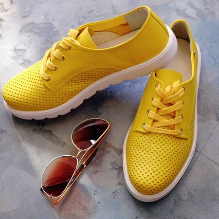 Spring-summer womens shoes and glasses no name