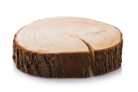 Support en bois pour plats chauds isolé sur fond blanc