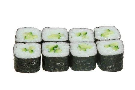 Simple sushi rolls with rice and cucumber. Poor dish. Banque d'images - 125394549