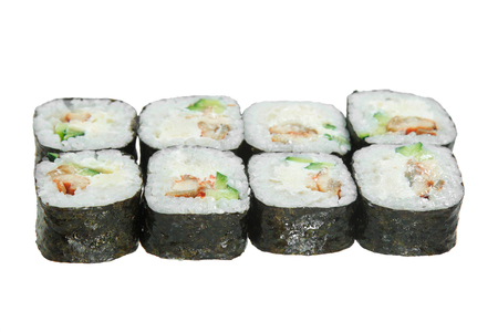 Sushi roll with eel, cheese and cucumber. Isolated on white background. Tasty Japanese cuisine. Banque d'images - 125394568