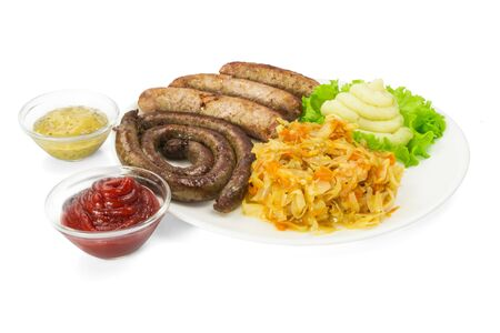 chorizos asados: Salchichas a la parrilla con verduras