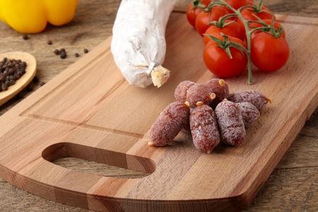 pepper salami: Sausage, pepper and salami